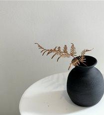 tiny vase #4
