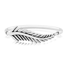 Statement Forever Fern Bangle