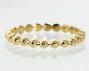 Yellow gold bead ring
