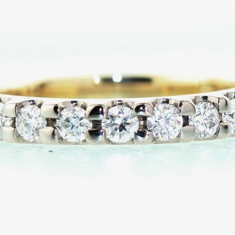 Seven diamond claw set