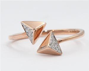 Double diamond arrow
