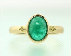 Emerald cabachon