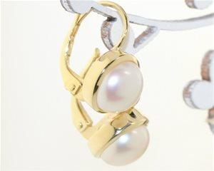 Gold rim pearls
